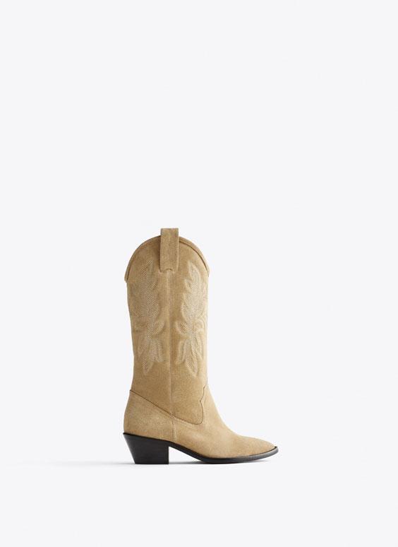 牛仔风刺绣绒面皮短靴