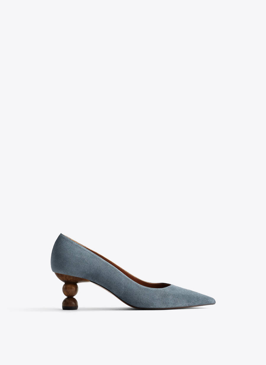 6740e91d968 Suede court shoes with geometric heels - View all - Footwear - Uterqüe  Denmark