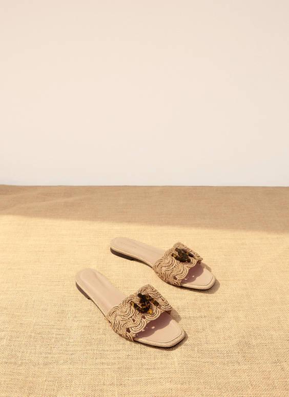 编织鞋面平底凉鞋