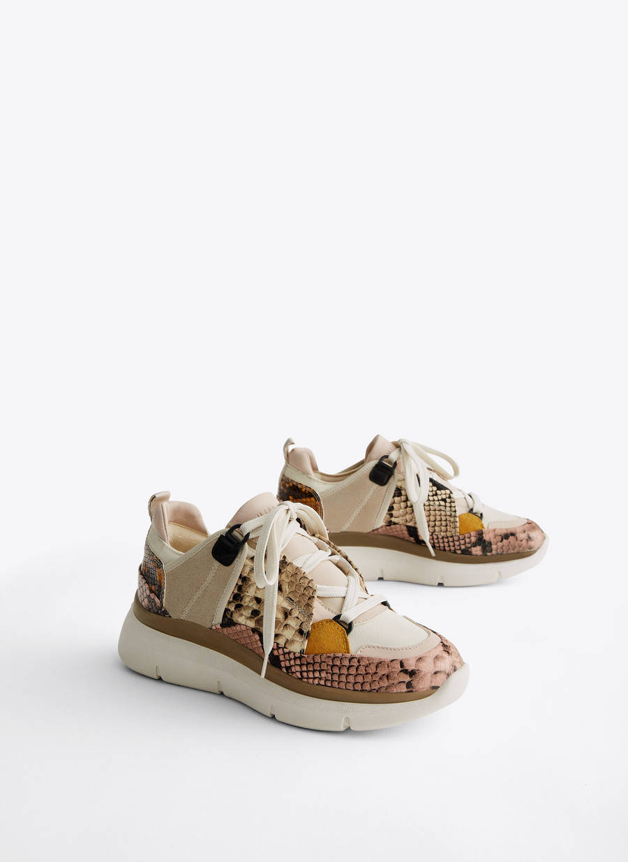 91674c276e0 Αθλητικά παπούτσια με συνδυασμένο σχέδιο - Προβολή όλων - Τελευταία  εβδομάδα - Uterqüe Greece