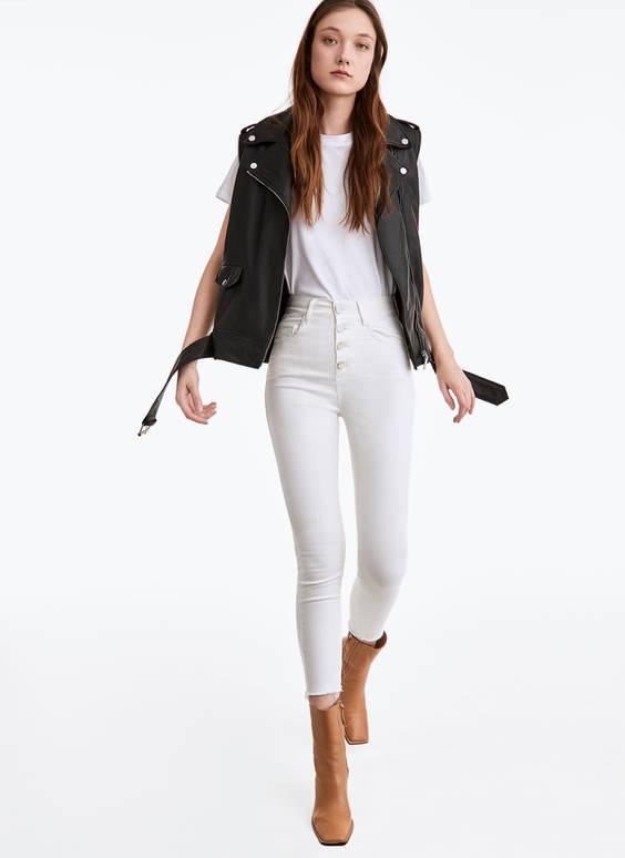Spodnie z metalowymi guzikami