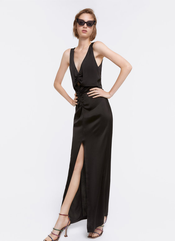 Long dress with slit
