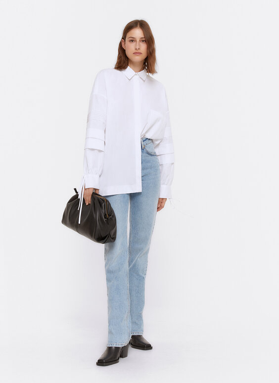 Oversize shirt with pleated sleeves