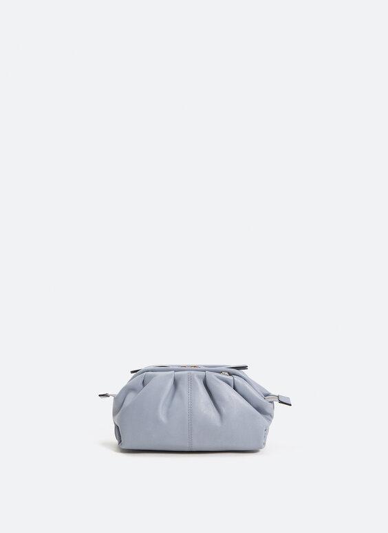 Невелика шкіряна сумочка зі зборками