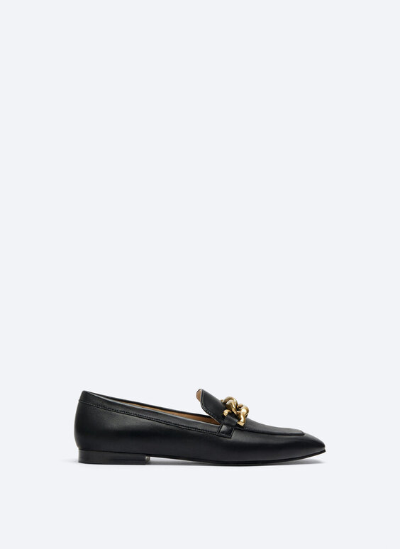 Leather loafers with chain