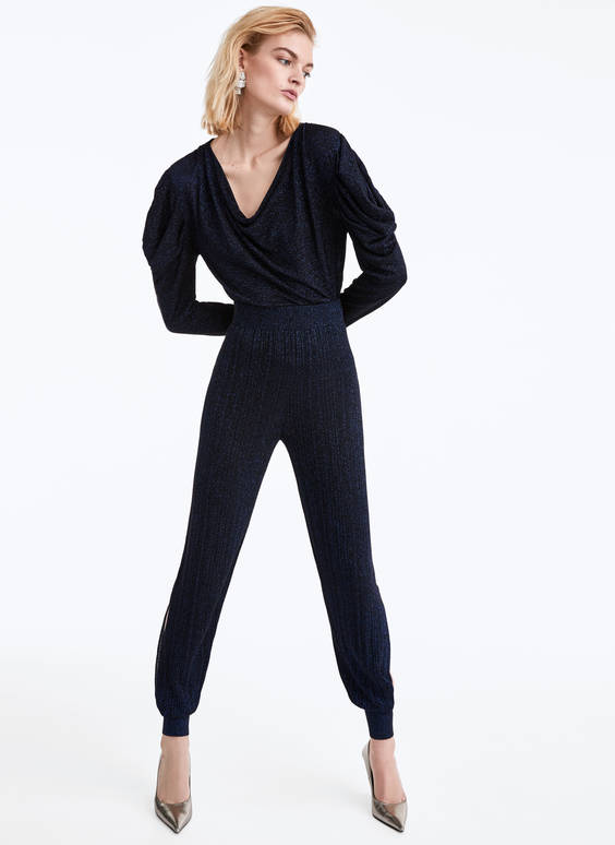 Knit trousers with side slits