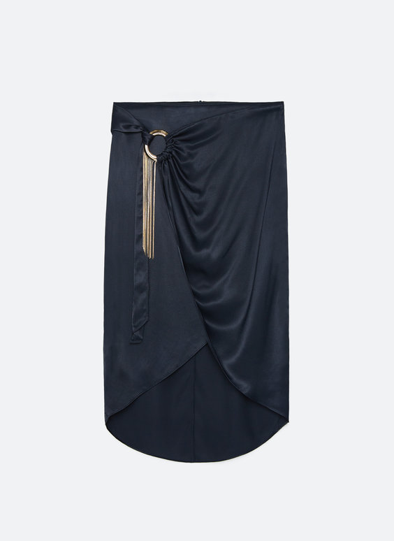 Skirt with ring and chain detail