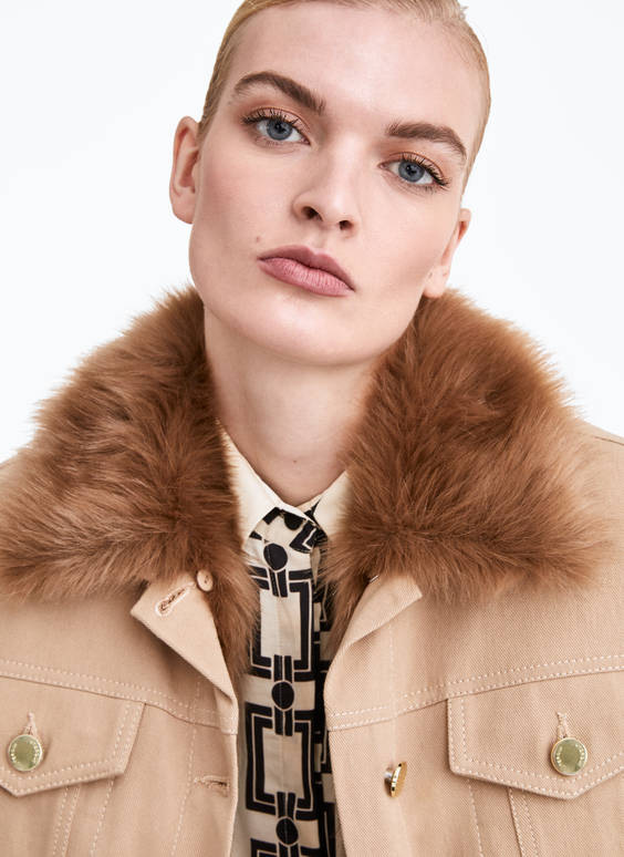 Detachable faux fur jacket