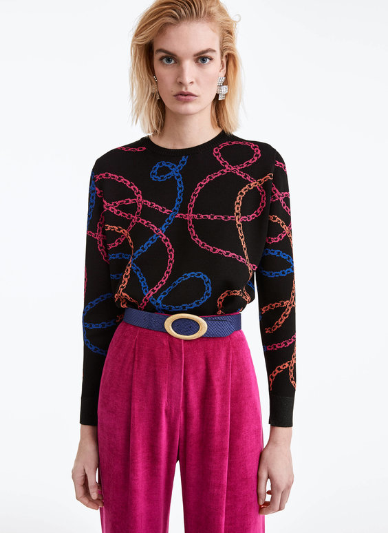 Sweater with jacquard chains