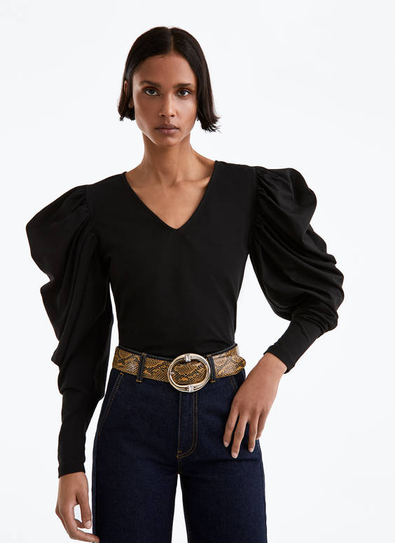 V-neck top with gathered sleeves