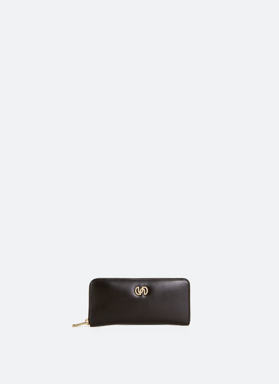 Fine leather clutch