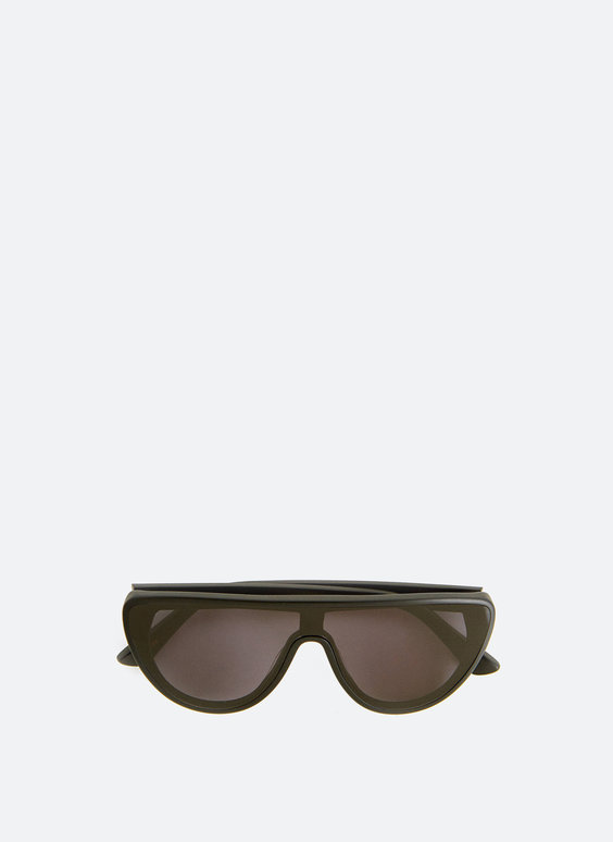 Rubberised sunglasses with screen-shaped frame