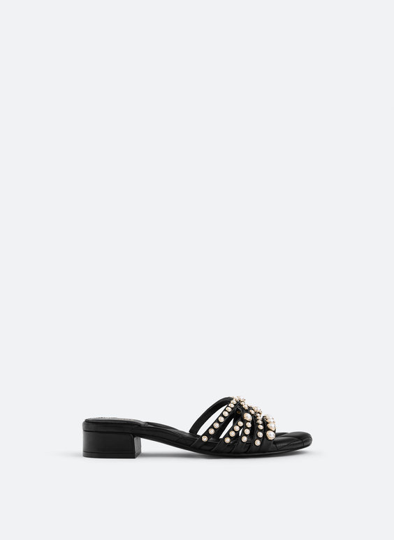 Pearl strap sandals