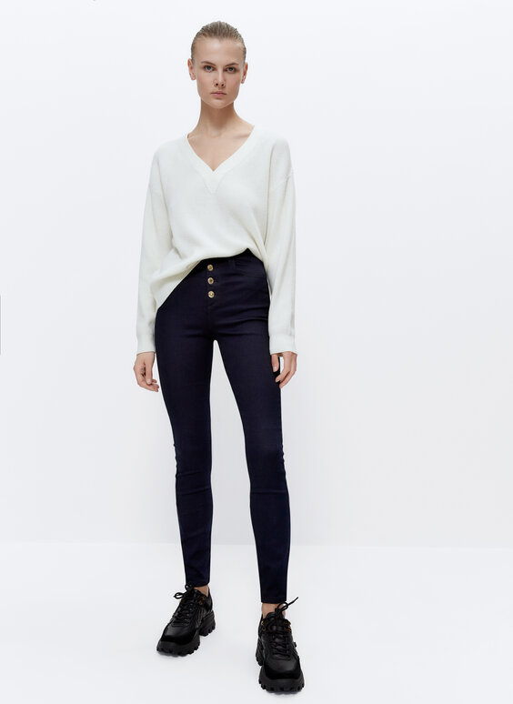 High-waist trousers with a five-pocket design