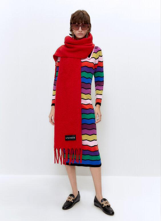 Трикотажное платье с узором зигзаг