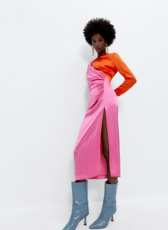 فستان ساتان متباين