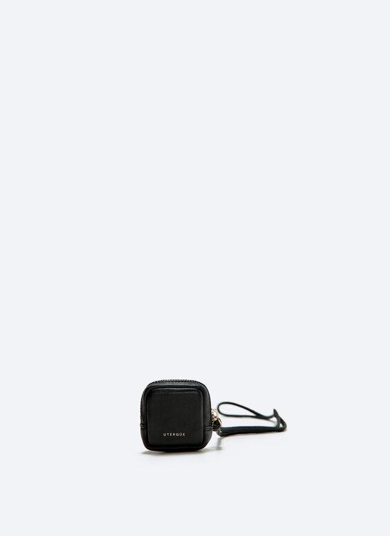 Braided leather airpod bag