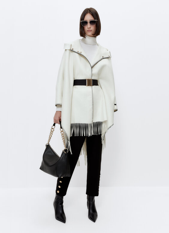Wool cape with fringing