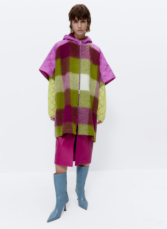 Checked cape with hood and nylon appliqués