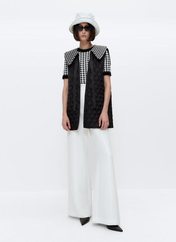 Houndstooth short sleeve sweater