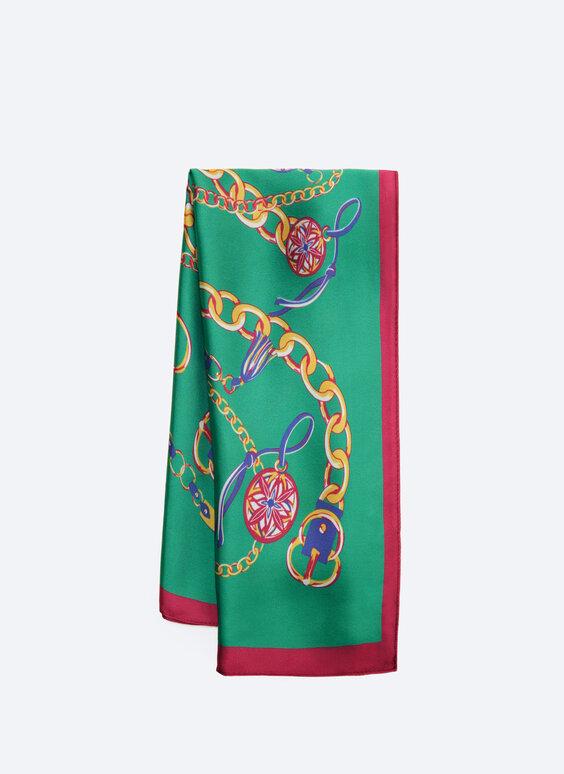 Chain pattern handkerchief