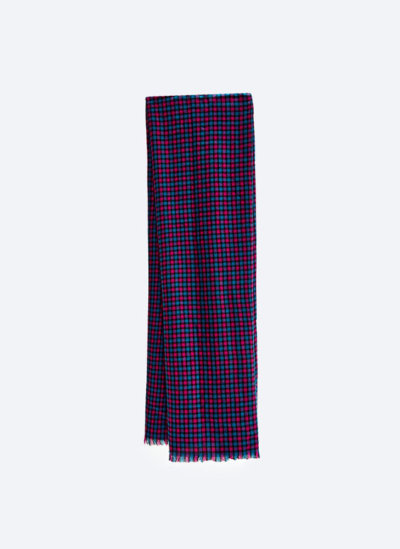 Flowing check scarf
