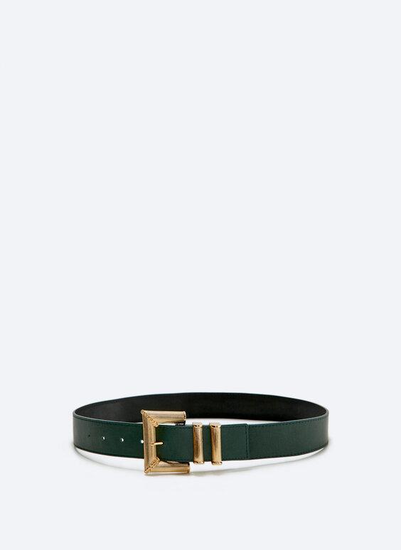 Leather belt with double golden belt loop