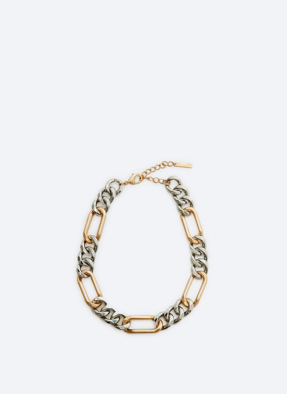 Contrast chain necklace