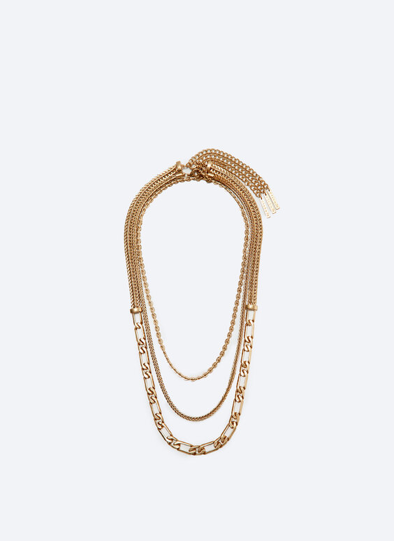 Multi-strand necklace with 3 chains