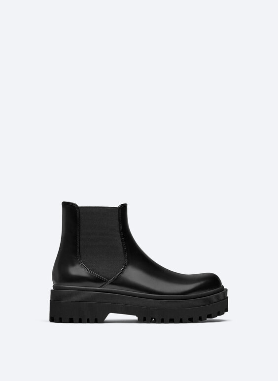 Glossy sock ankle boots