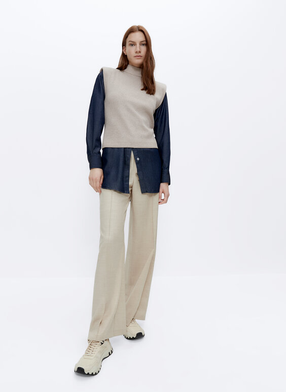Flannel trousers with elastic waist
