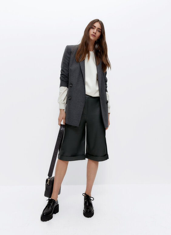 Leather Bermuda shorts with buckles