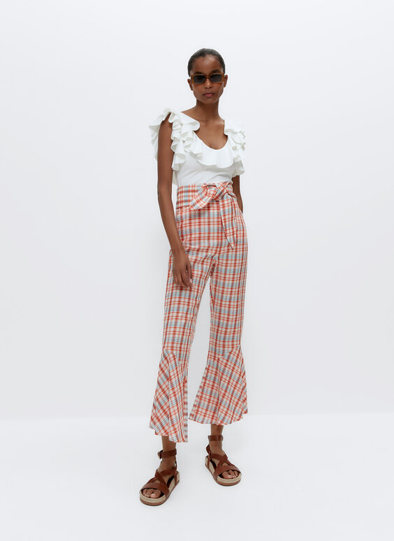 Checked trousers with ruffle