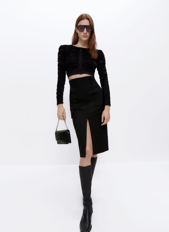Skirt with slit detail