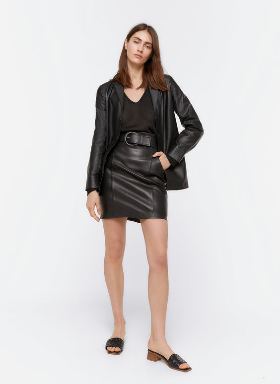 Leather skirt with belt