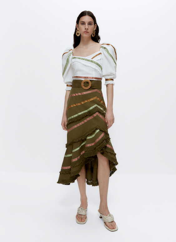 Linen skirt with trim
