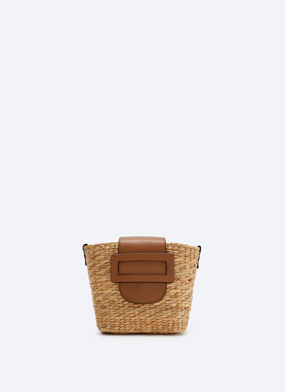 Wicker basket bag with belt buckle