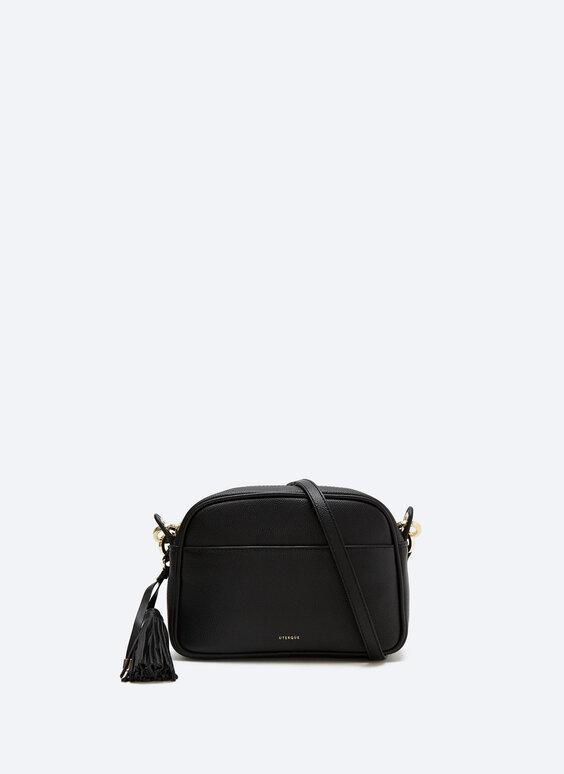 Plain leather bag with tassel