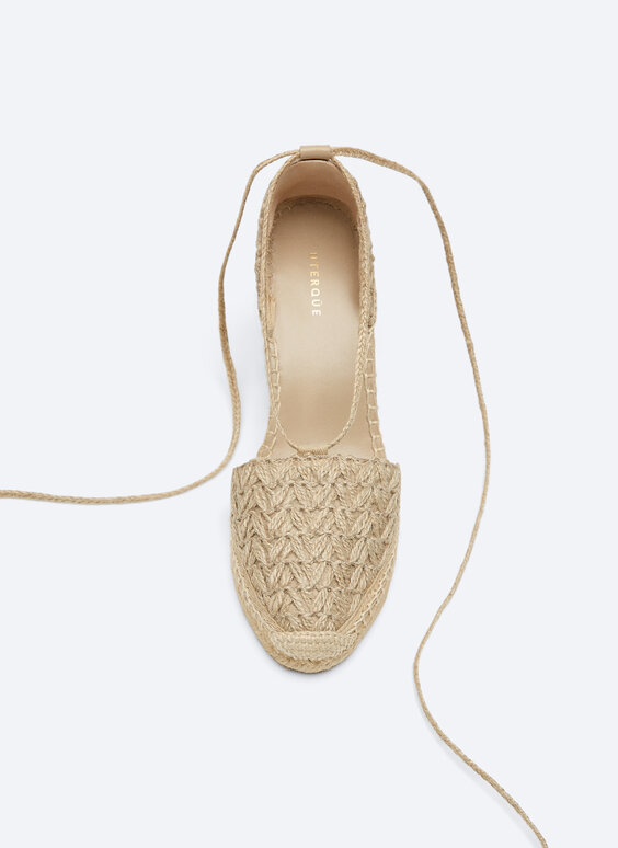Embroidered jute wedges