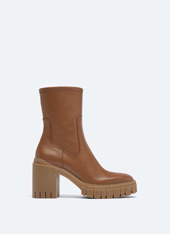 Bottines cuir talon cranté